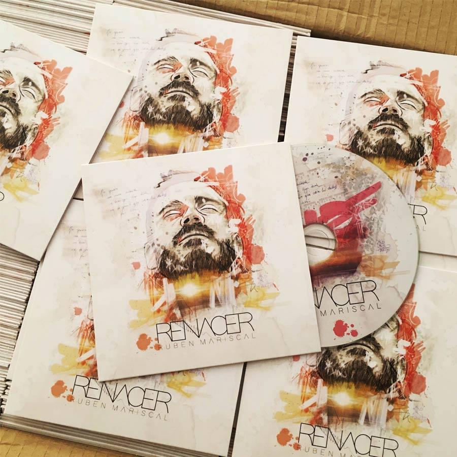 Bodegón Cds.CD cover e imagen de marca para el cantautor Rubén Mariscal. Logotipo, cartelería, camisetas. Todo basado en un retrato del cantante.